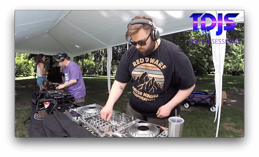 Machine Logic at Parké Diem 2019 Silent Disco in Seattle presented by The DJ Sessions 6/29/19