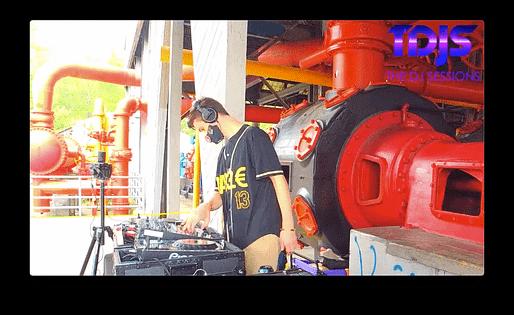 DA33L€ Pt. 1 on The DJ Sessions presents Silent Disco Saturday's 10/03/20